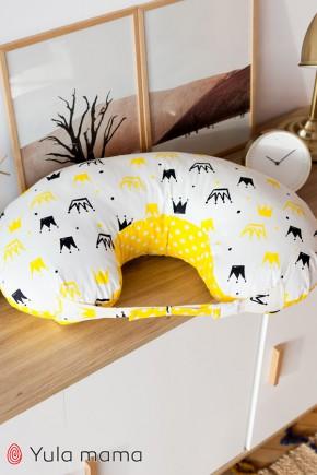 Подушка для кормления Юла Mama короны на белом NUR-1.2.3